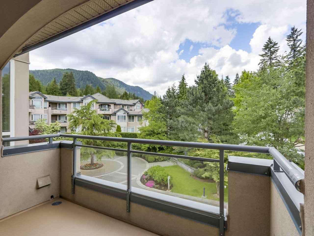 Photo 17: Photos: 303 3280 PLATEAU BOULEVARD in Coquitlam: Westwood Plateau Condo for sale : MLS®# R2275918