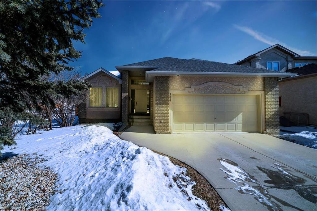 Main Photo: 164 Huntingdale Road in Winnipeg: Linden Woods Residential for sale (1M)  : MLS®# 202006321