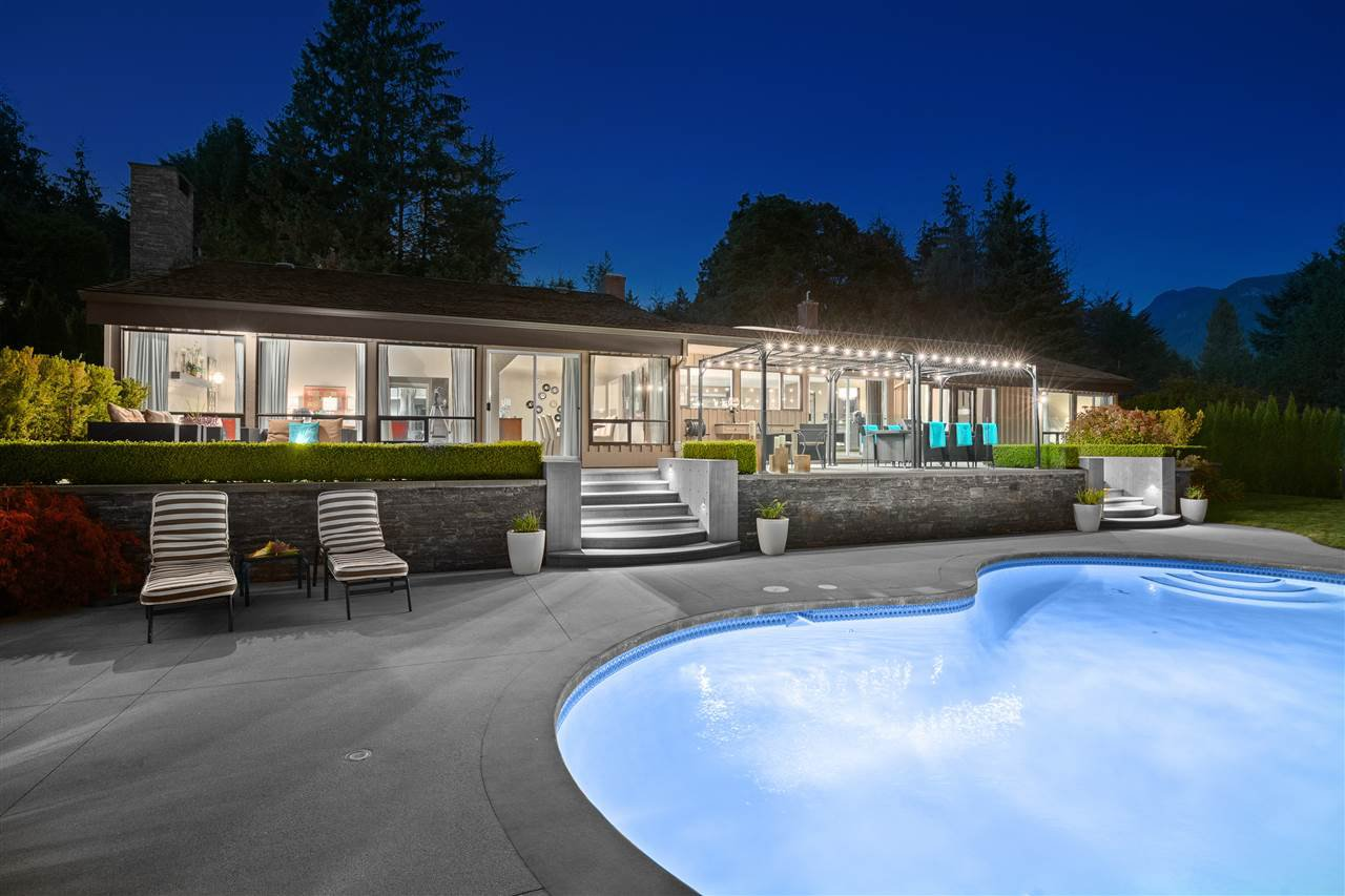 Main Photo: 355 SOUTHBOROUGH DRIVE in West Vancouver: British Properties House for sale : MLS®# R2512499