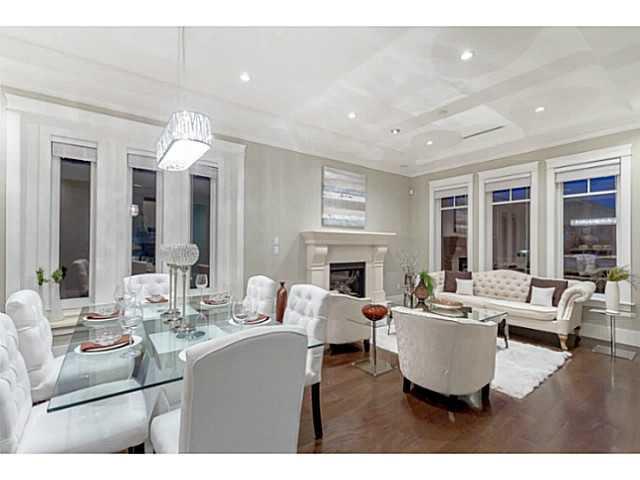 Main Photo: 2285 W 16TH AV in Vancouver: Kitsilano House for sale (Vancouver West)  : MLS®# V1086511