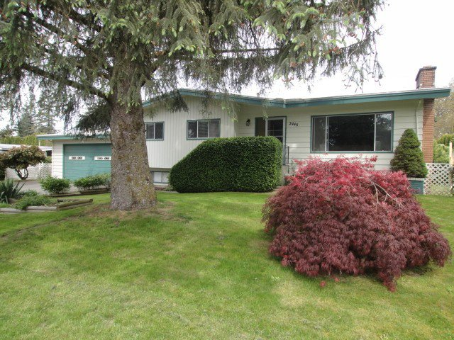 Main Photo: 2448 James St. in Abbotsford: Abbotsford West House for rent