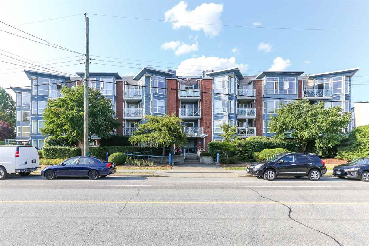 Main Photo: 409 20245 53 Avenue in Langley: Langley City Condo for sale : MLS®# R2414483