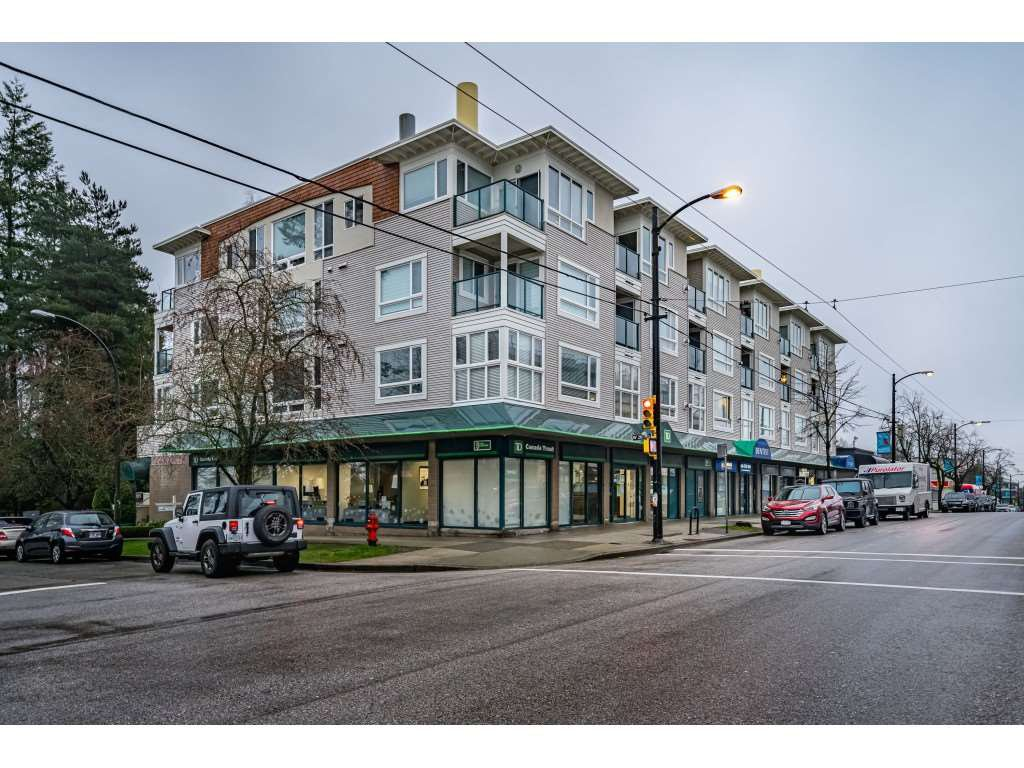 "Main Photo: 207 3590 W 26TH Avenue in Vancouver: Dunbar Condo for sale in ""DUNBAR HEIGHTS"" (Vancouver West)  : MLS®# R2430347"