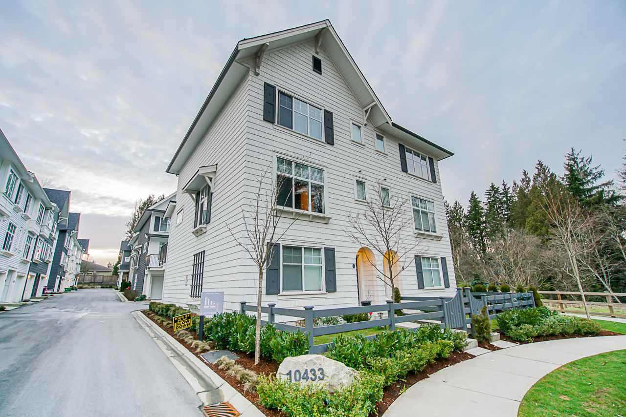 Main Photo: 5 10433 158 Street in Surrey: Guildford Townhouse for sale (North Surrey)  : MLS®# R2435479