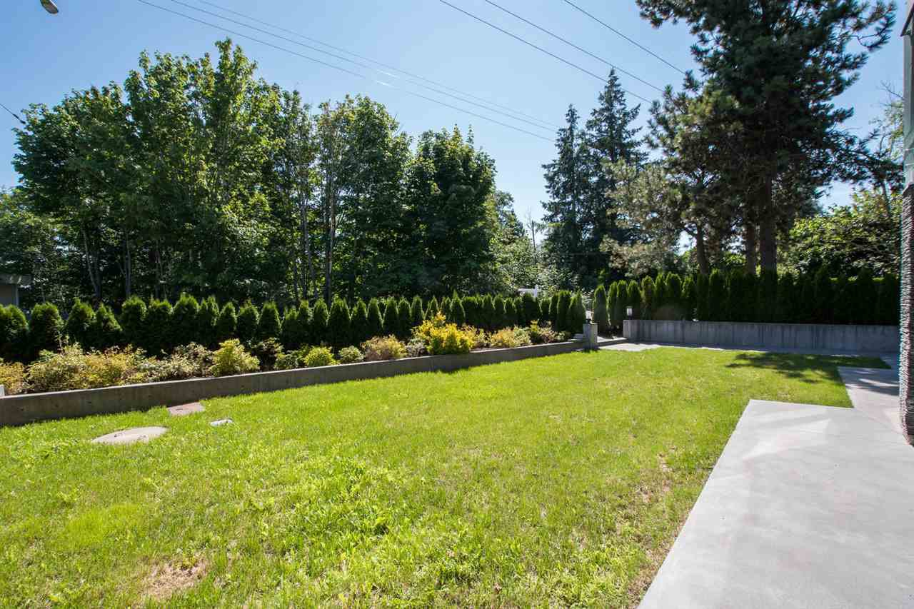 Photo 36: Photos: 14093 MARINE Drive: White Rock House for sale (South Surrey White Rock)  : MLS®# R2517967