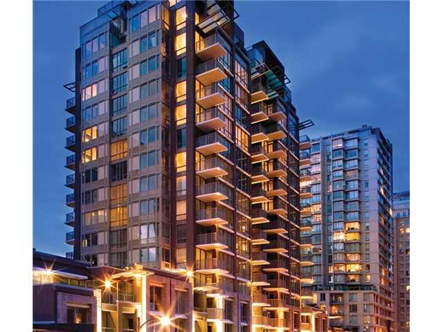 "Main Photo: 709 1155 THE HIGH Street in Coquitlam: North Coquitlam Condo for sale in ""M-One"" : MLS®# V940383"
