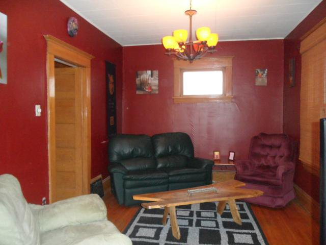 Photo 2: Photos: 153 Arlington Street in WINNIPEG: West End / Wolseley Residential for sale (West Winnipeg)  : MLS®# 1302532