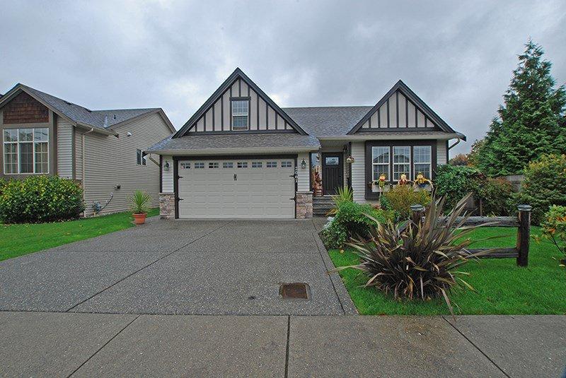 Main Photo: 2061 MCCAFFREY ROAD: Agassiz House for sale : MLS®# R2117318