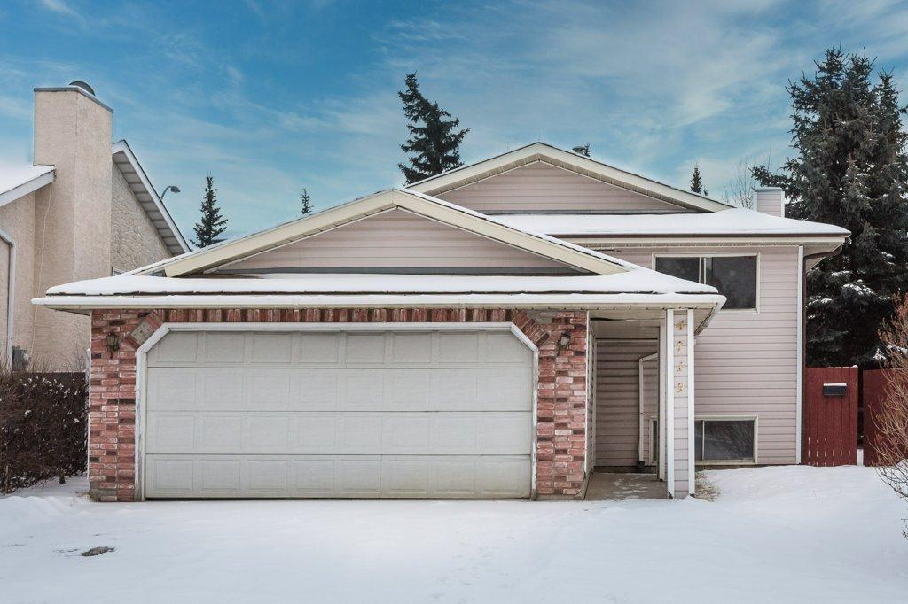 Main Photo: 4719 38A Avenue in Edmonton: Zone 29 House for sale : MLS®# E4182236