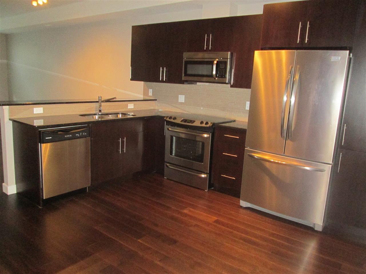 Main Photo: 205 10811 72 Avenue in Edmonton: Zone 15 Condo for sale : MLS®# E4195466