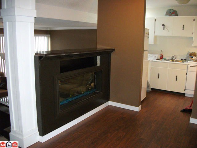 "Main Photo: 44 17706 60TH Avenue in Surrey: Cloverdale BC Condo for sale in ""CLOVER PARK"" (Cloverdale)  : MLS®# F1204628"
