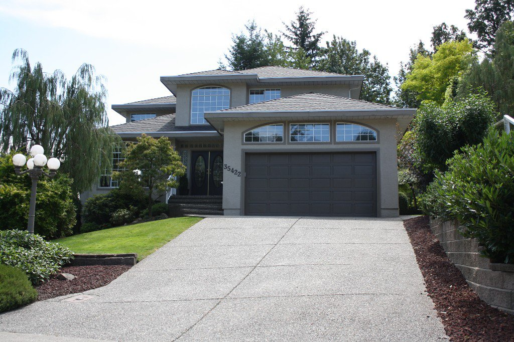 "Main Photo: 35422 MUNROE Avenue in Abbotsford: Abbotsford East House for sale in ""Delair"" : MLS®# F1317009"