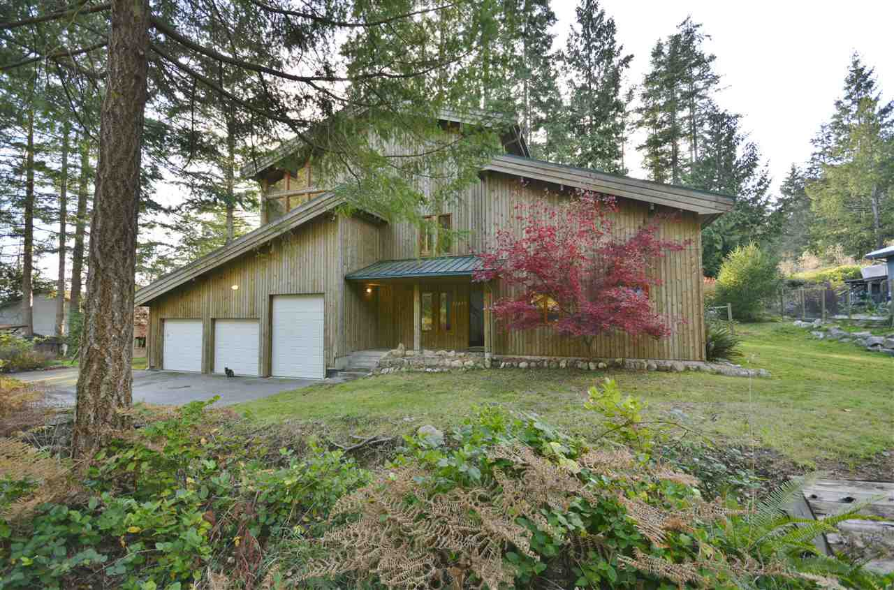 Main Photo: 13437 LEE ROAD in Pender Harbour: Pender Harbour Egmont House for sale (Sunshine Coast)  : MLS®# R2322389