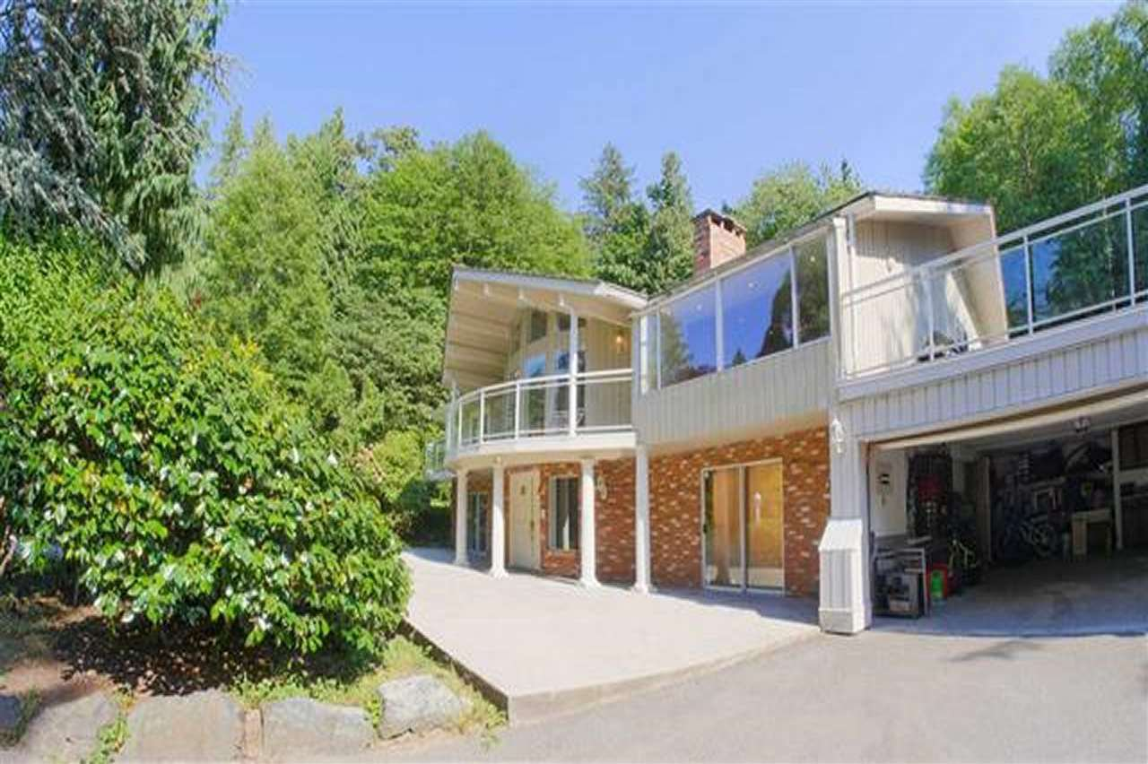 Main Photo: 13838 CRESCENT Road in Surrey: Elgin Chantrell House for sale (South Surrey White Rock)  : MLS®# R2519373