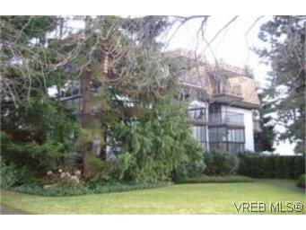Main Photo:  in VICTORIA: Vi Fairfield West Condo Apartment for sale (Victoria)  : MLS®# 455428