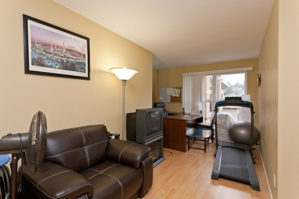 """Photo 12: Photos: 710 415 E COLUMBIA Street in New Westminster: Sapperton Condo for sale in """"SAN MARINO"""" : MLS®# V1003972"""