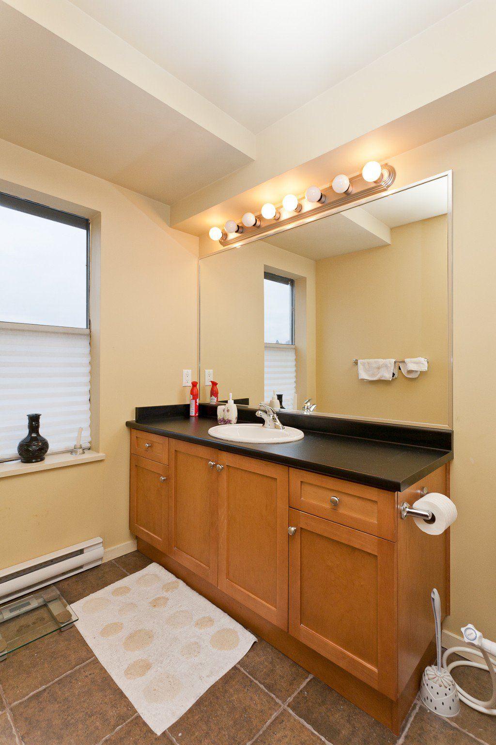 """Photo 10: Photos: 710 415 E COLUMBIA Street in New Westminster: Sapperton Condo for sale in """"SAN MARINO"""" : MLS®# V1003972"""
