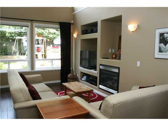 Photo 3: Photos: 1045 CHARLAND Avenue in Coquitlam: Central Coquitlam House 1/2 Duplex for sale : MLS®# V1007417