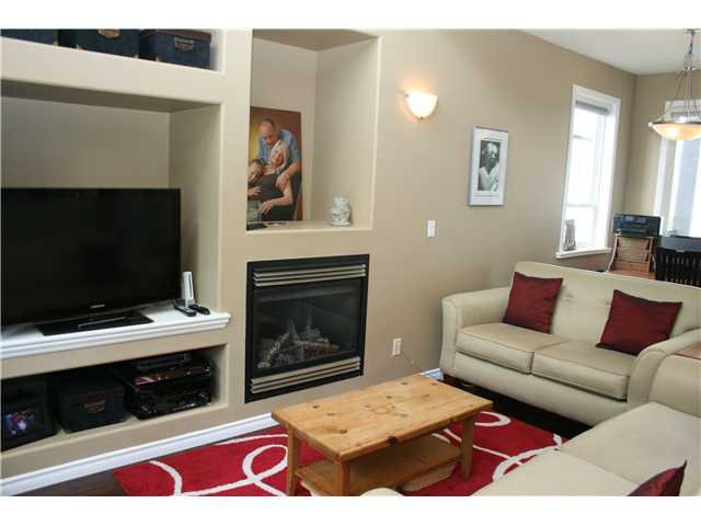 Photo 2: Photos: 1045 CHARLAND Avenue in Coquitlam: Central Coquitlam House 1/2 Duplex for sale : MLS®# V1007417
