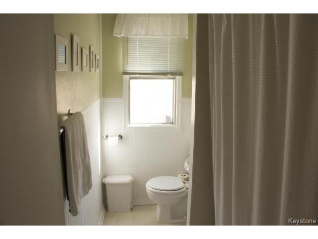 Photo 12: Photos: 271 Marjorie Street in WINNIPEG: St James Residential for sale (West Winnipeg)  : MLS®# 1321158