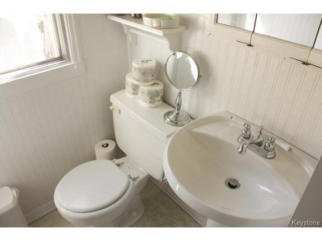 Photo 13: Photos: 271 Marjorie Street in WINNIPEG: St James Residential for sale (West Winnipeg)  : MLS®# 1321158