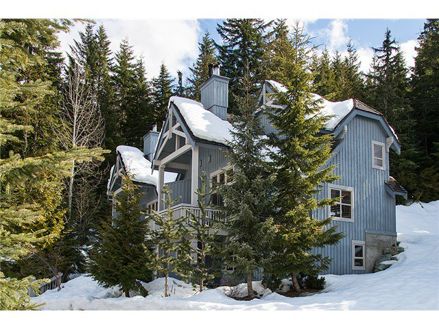 Main Photo: 4 4661 Blackcomb Way in Whistler: Benchlands Townhouse for sale