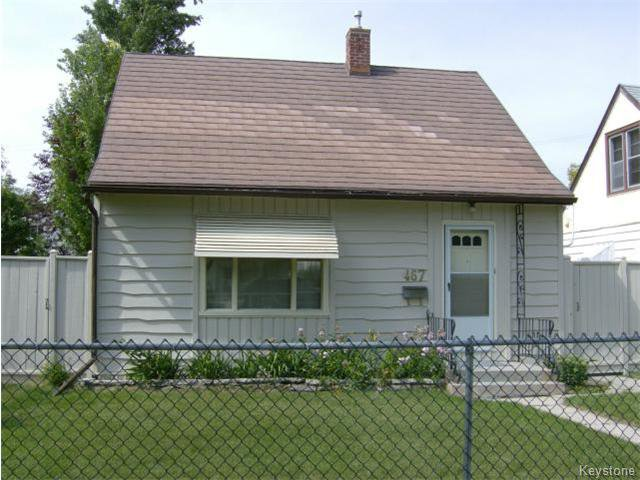 Main Photo: 467 Morley Avenue: Residential for sale