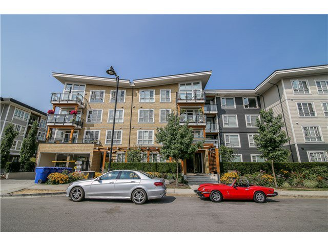 Main Photo: 105 23285 Billy Brown Road in : Fort Langley Condo for sale (Langley)  : MLS®# F1444612