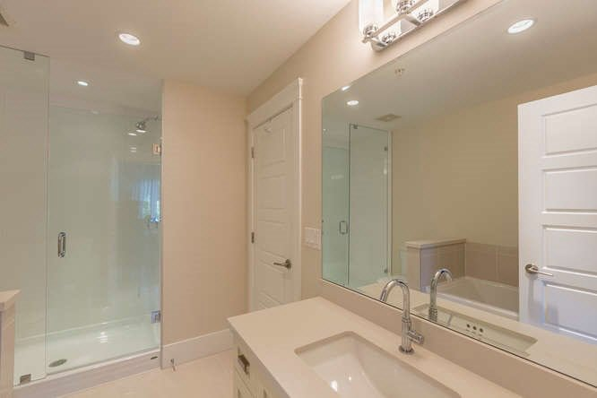 Photo 16: Photos: 5463 DUNBAR STREET in Vancouver: Dunbar Townhouse for sale (Vancouver West)  : MLS®# V1142265