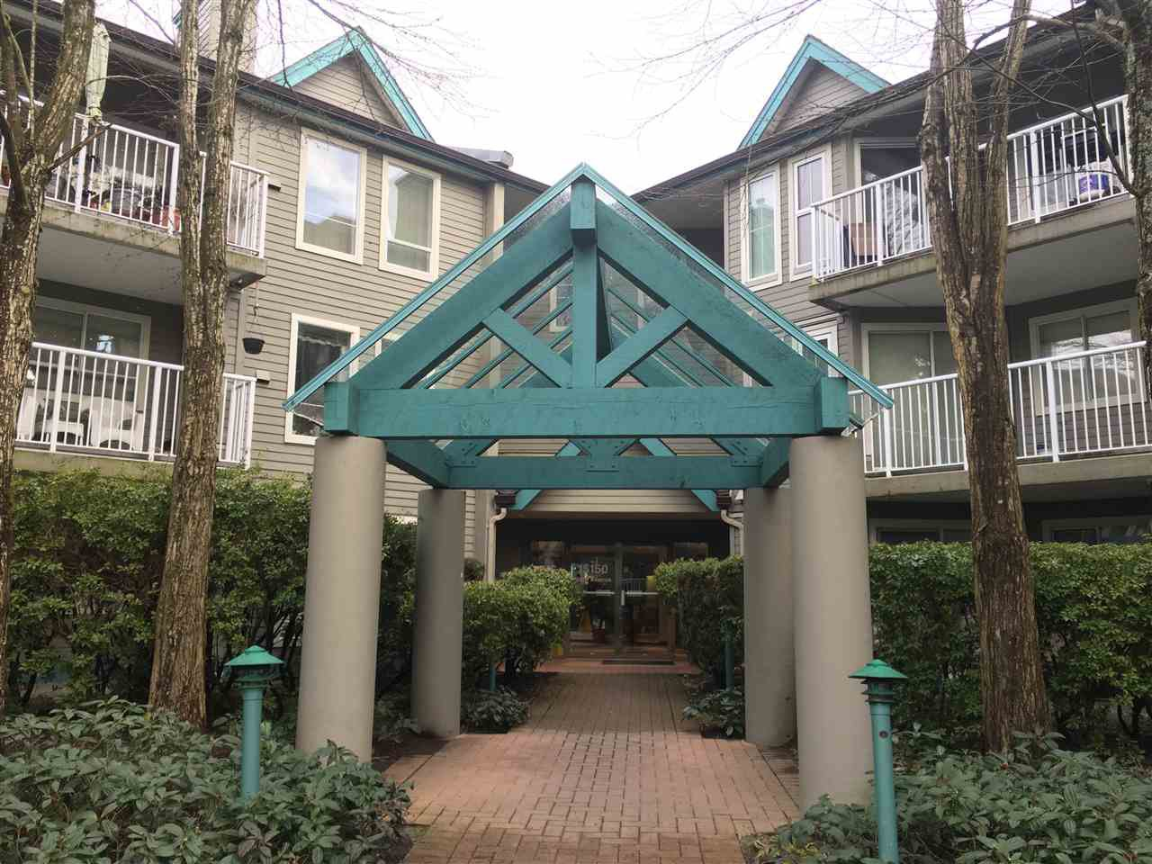 Main Photo: 106 15150 108TH AVENUE in Surrey: Bolivar Heights Condo for sale (North Surrey)  : MLS®# R2148396