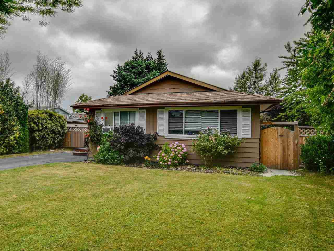 Main Photo: 15227 HUMMINGBIRD PLACE in Surrey: Bolivar Heights House for sale (North Surrey)  : MLS®# R2383706
