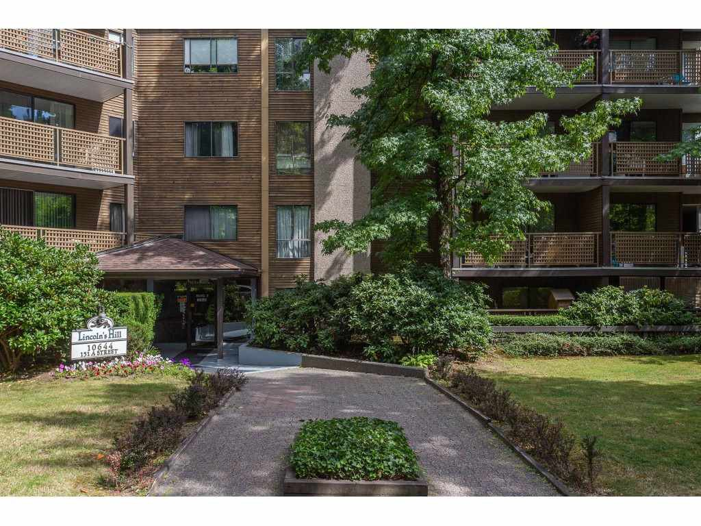 "Main Photo: 203 10644 151A Street in Surrey: Guildford Condo for sale in ""Lincoln's Hill"" (North Surrey)  : MLS®# R2398394"