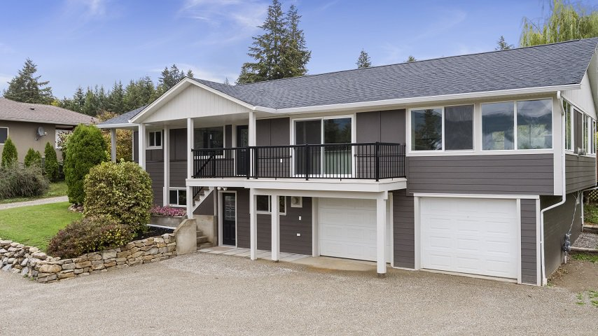 Main Photo: 2660 Northeast 25 Street, Salmon Arm, BC in Salmon Arm: Townhouse for sale : MLS®# 10165234