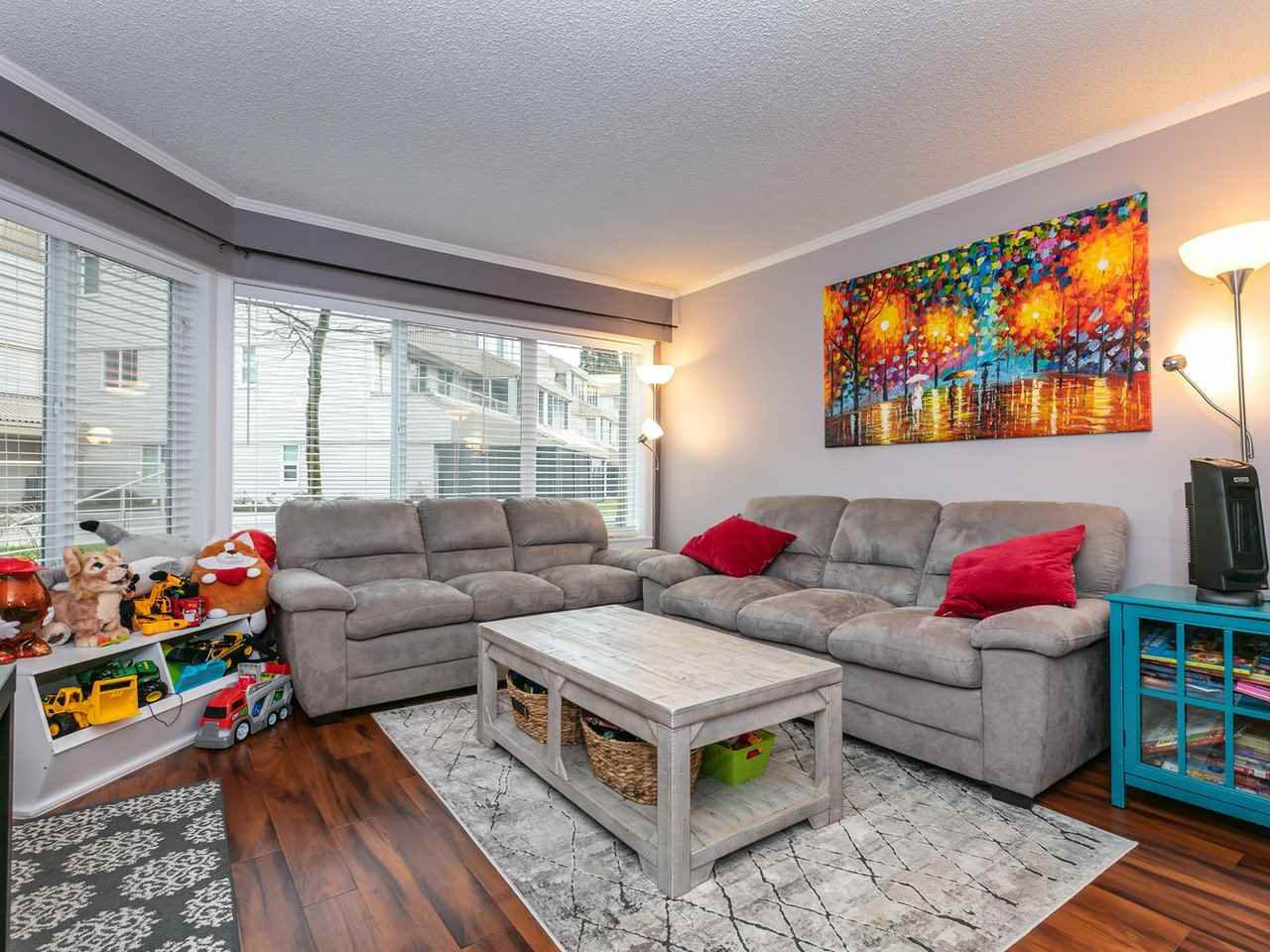 Main Photo: 103 9632 120A Street in Surrey: Cedar Hills Condo for sale (North Surrey)  : MLS®# R2459280