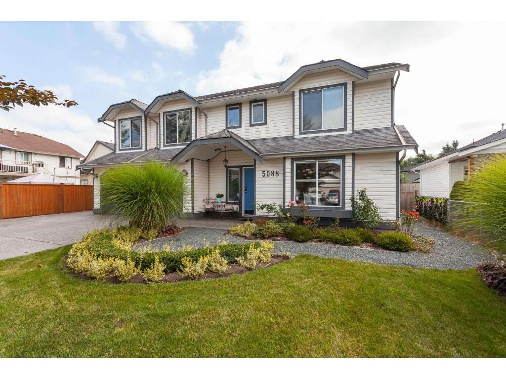 """Main Photo: 5088 215A Street in Langley: Murrayville House for sale in """"Murrayville"""" : MLS®# R2491403"""