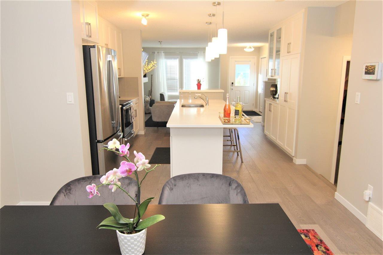 Main Photo: 2513 PRICE Way in Edmonton: Zone 55 House Half Duplex for sale : MLS®# E4213855