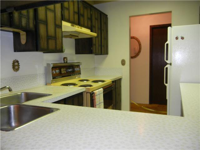 """Photo 6: Photos: 302 721 HAMILTON Street in New Westminster: Uptown NW Condo for sale in """"CASA DEL RAY"""" : MLS®# V946088"""