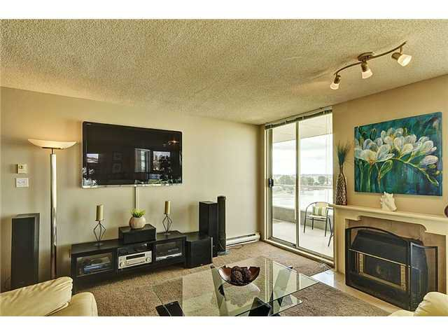 """Photo 2: Photos: 1206 1250 QUAYSIDE Drive in New Westminster: Quay Condo for sale in """"Promenade"""" : MLS®# V967970"""