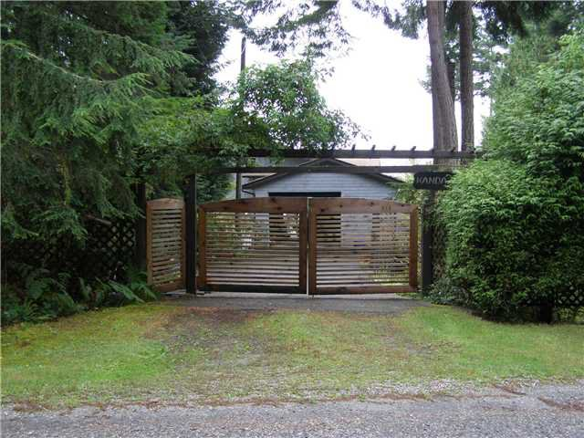 Main Photo: 512 ROCKMOYNE PL: Bowen Island House for sale : MLS®# V1024617