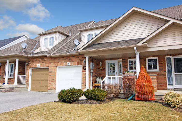 Main Photo:  in Oshawa Samac: Freehold for sale (Oshawa)