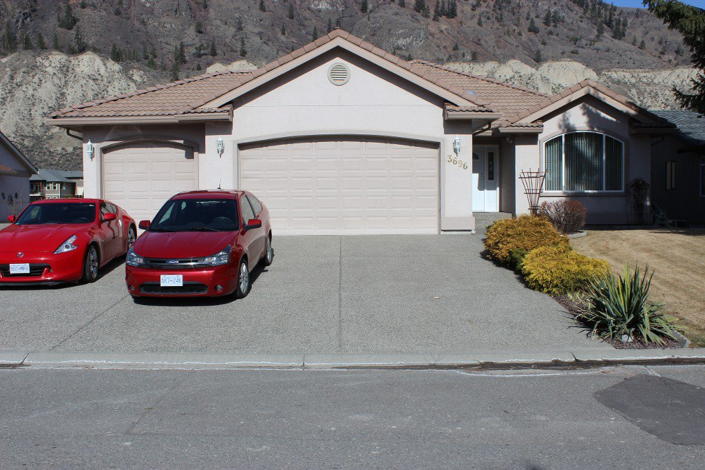 Photo 1: Photos: 3696 Navatanee Drive in Kamloops: South Thompson Valley House for sale : MLS®# 127372
