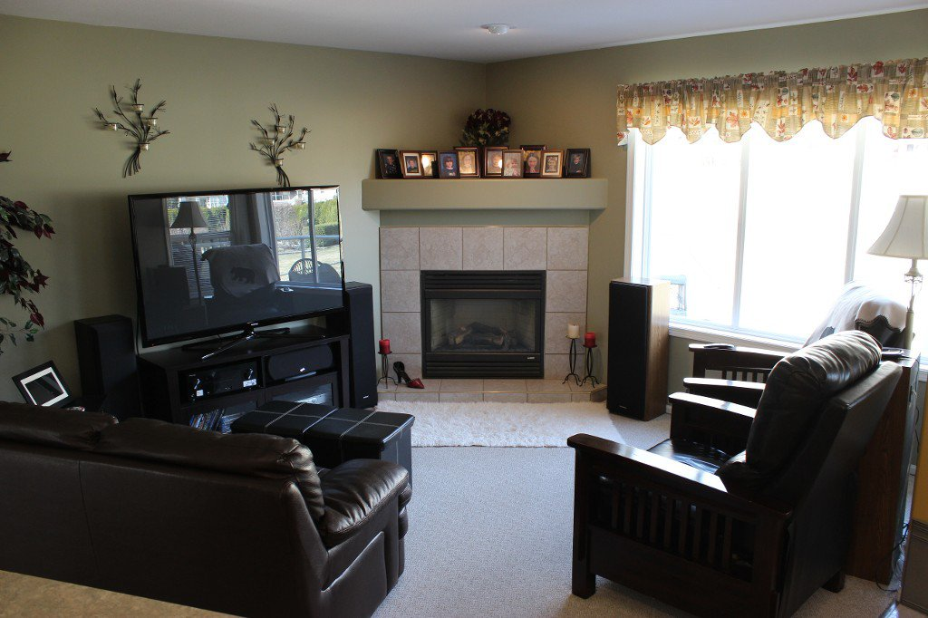 Photo 8: Photos: 3696 Navatanee Drive in Kamloops: South Thompson Valley House for sale : MLS®# 127372