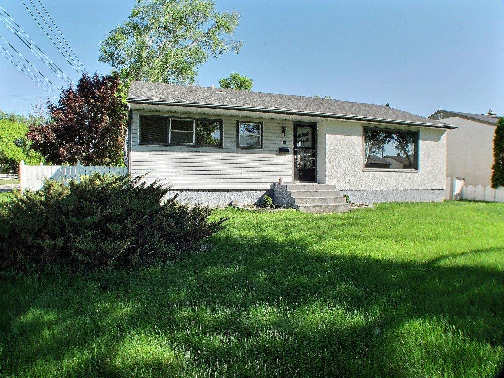 Main Photo: 105 Havelock Avenue in Winnipeg: St Vital Residential for sale (South East Winnipeg)  : MLS®# 1516342