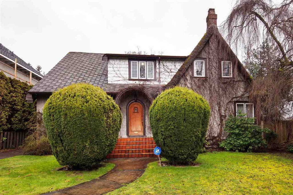Main Photo: 5756 Angus Drive in Vancouver: South Granville House for sale (Vancouver West)  : MLS®# R2040518