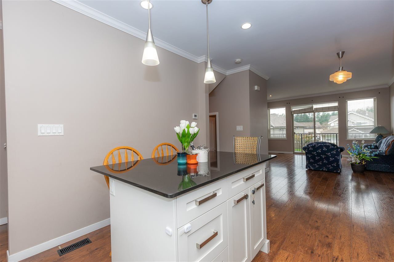 """Photo 6: Photos: 88 34248 KING Road in Abbotsford: Poplar Townhouse for sale in """"Argyle"""" : MLS®# R2415451"""