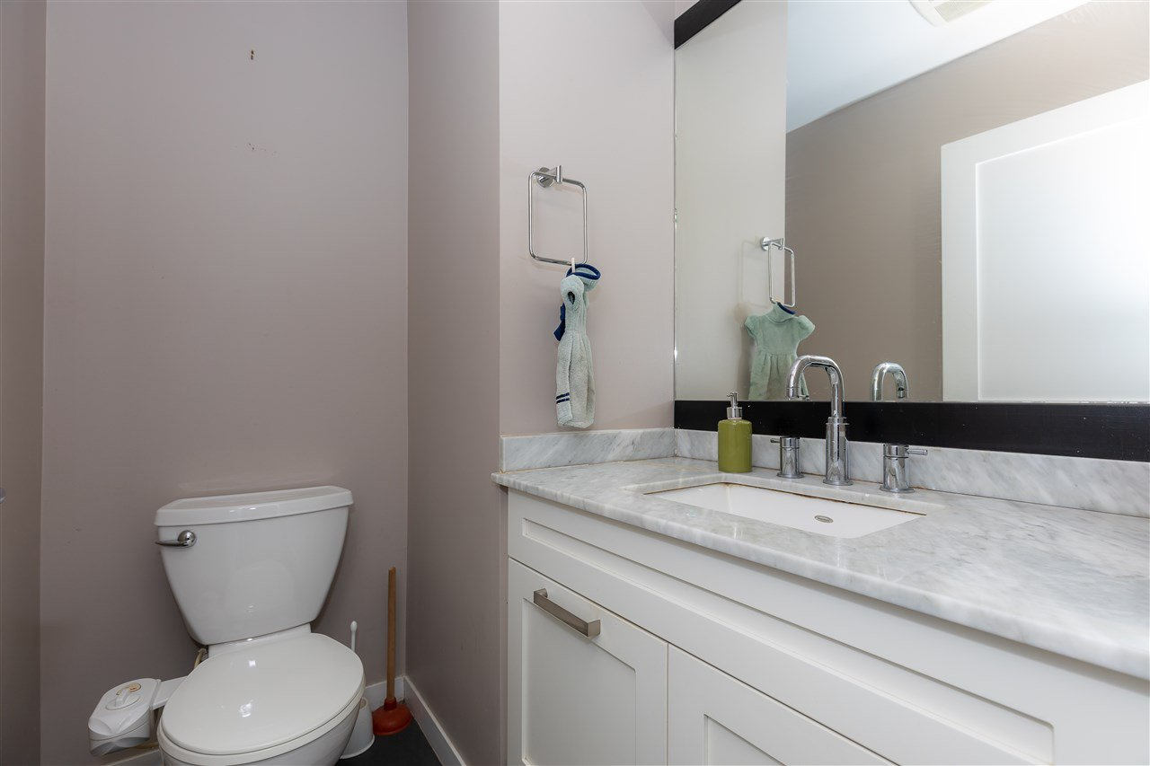 """Photo 7: Photos: 88 34248 KING Road in Abbotsford: Poplar Townhouse for sale in """"Argyle"""" : MLS®# R2415451"""