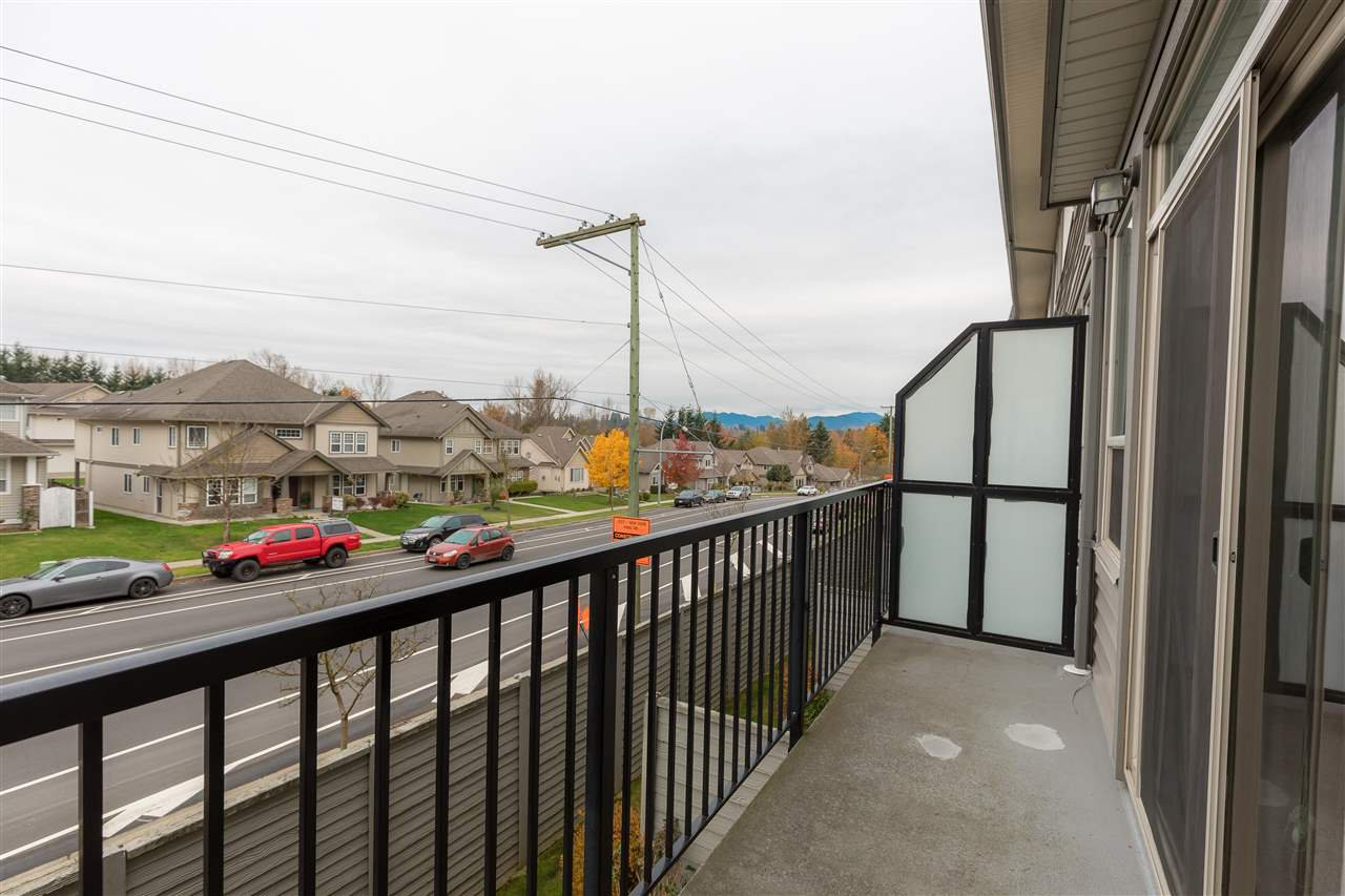"""Photo 10: Photos: 88 34248 KING Road in Abbotsford: Poplar Townhouse for sale in """"Argyle"""" : MLS®# R2415451"""