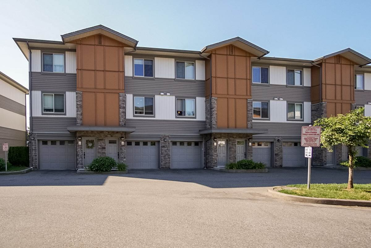 """Photo 3: Photos: 88 34248 KING Road in Abbotsford: Poplar Townhouse for sale in """"Argyle"""" : MLS®# R2415451"""