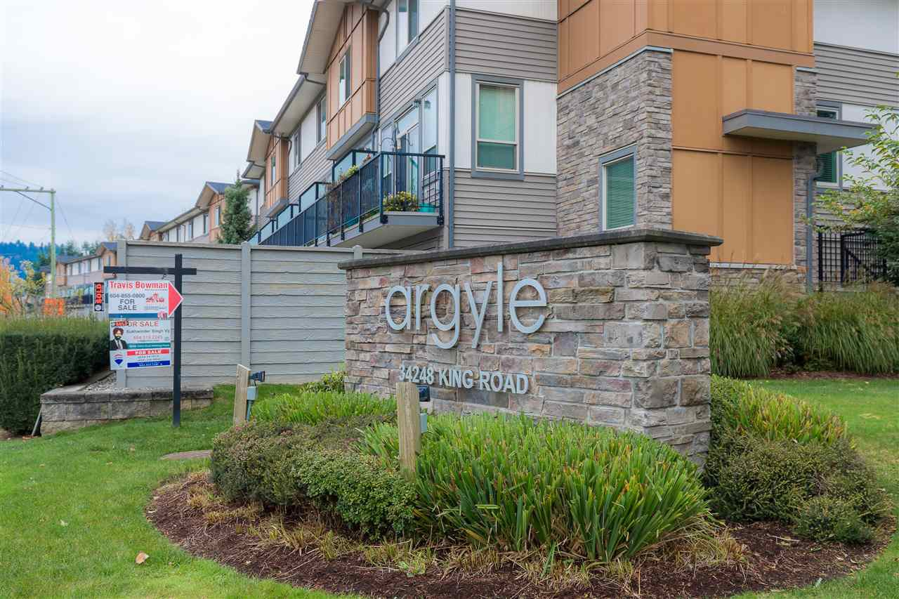 """Photo 2: Photos: 88 34248 KING Road in Abbotsford: Poplar Townhouse for sale in """"Argyle"""" : MLS®# R2415451"""