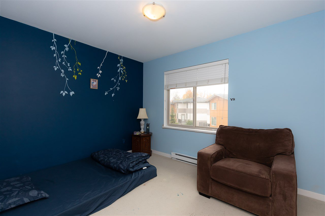 """Photo 15: Photos: 88 34248 KING Road in Abbotsford: Poplar Townhouse for sale in """"Argyle"""" : MLS®# R2415451"""